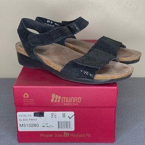 Munro American Catelyn Sandals Black Size 8.5 M